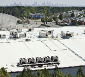 Flat-roof commercial building