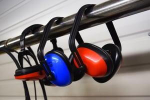 earmuffs-2755553_1920